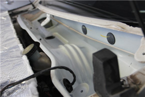 MG6原车水槽隔音