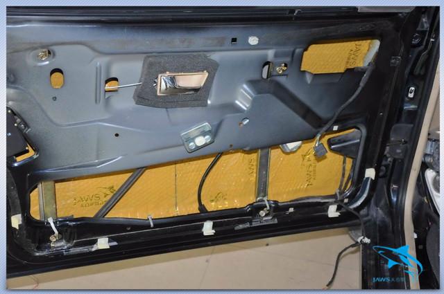 终结噪声 大众桑塔纳汽车隔音改装大白鲨黄金甲