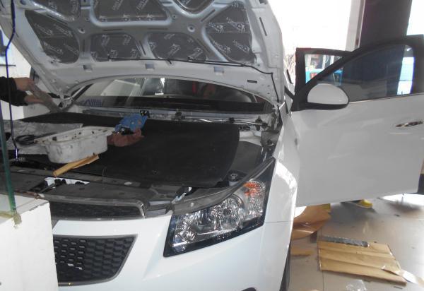 【全面升级】雪佛兰科鲁兹全车隔音改装 成都汽车隔音 大白鲨隔音隔热